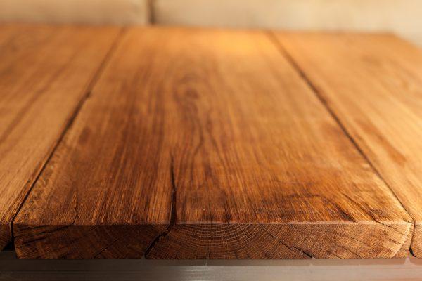 Steel-Craft - Tisch aus wirklich alter Eiche